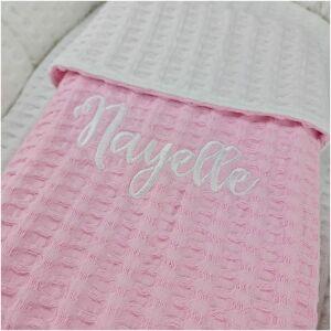 dekentje met naam baby roze met wit3