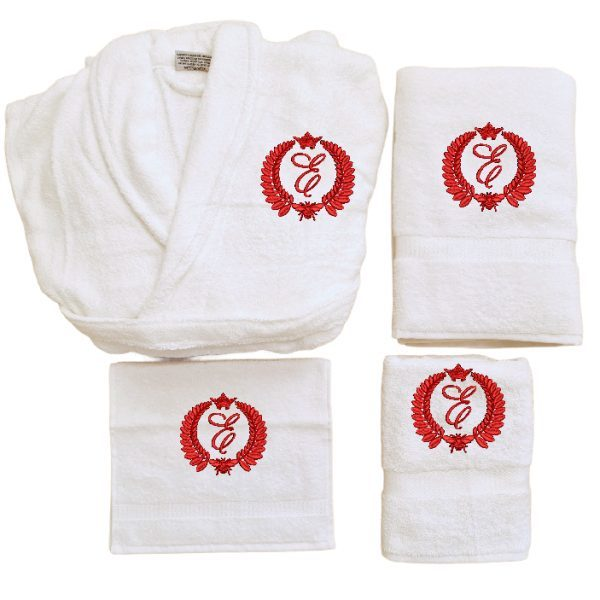 Badjas met monogram bij en kroon 2